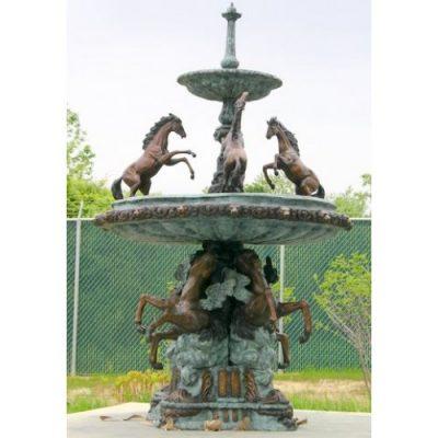 Záhradní bronzová socha- Fontana Grand Cavaillon
