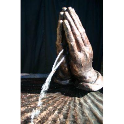 Záhradní bronzová socha - Modlíci ruce