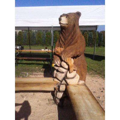 Dřevěná medvědí lavička - zahradně dřevěná socha
