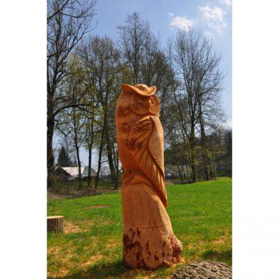 zahradni-drevena-socha-drevena-sova