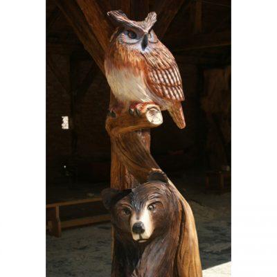 Zahradní dřevěná socha- Dřevěný medvěd a sova