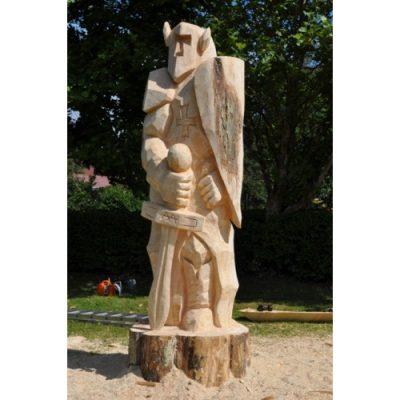 Zahradní dřevěná socha - Čestný rytíř