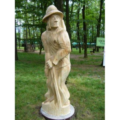 Zahradní dřevěná socha - Dřevěný dráteník