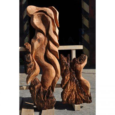 Zahradní dřevěná skluptura - Z kamenů zrozená