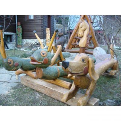 Dřevěná zvířátka pro dětská hřiště