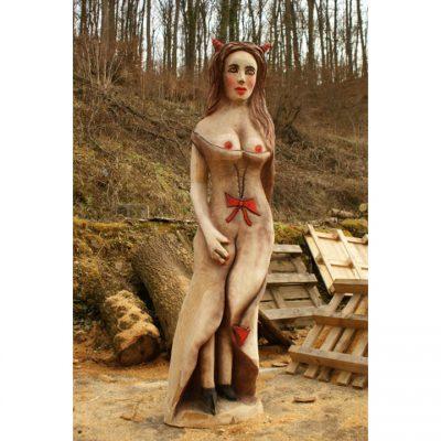Zahradní dřevěná socha - Čertova žena